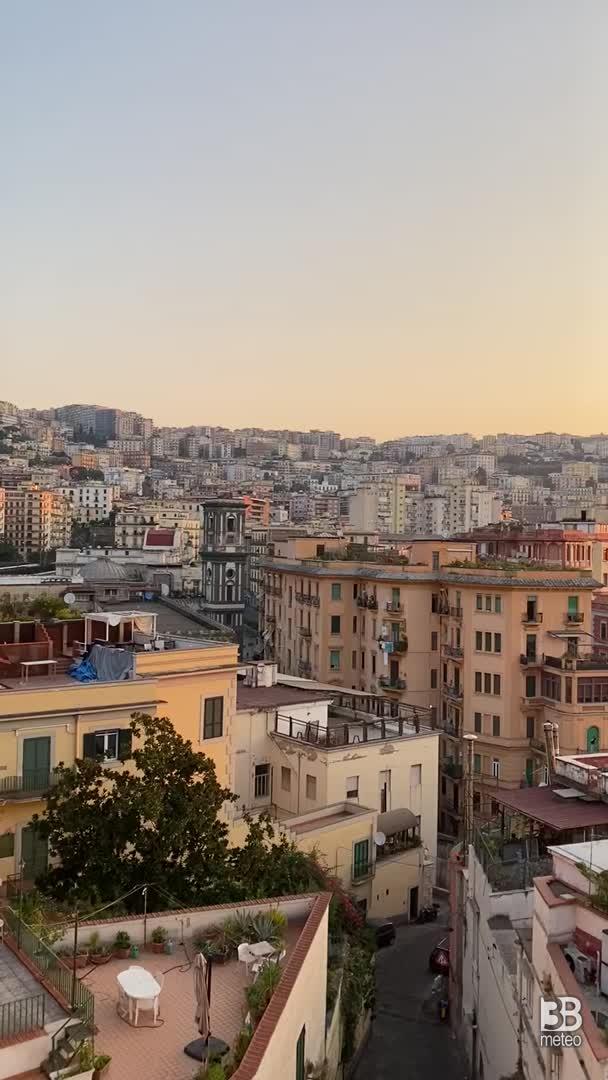 Alba da Posillipo, Napoli