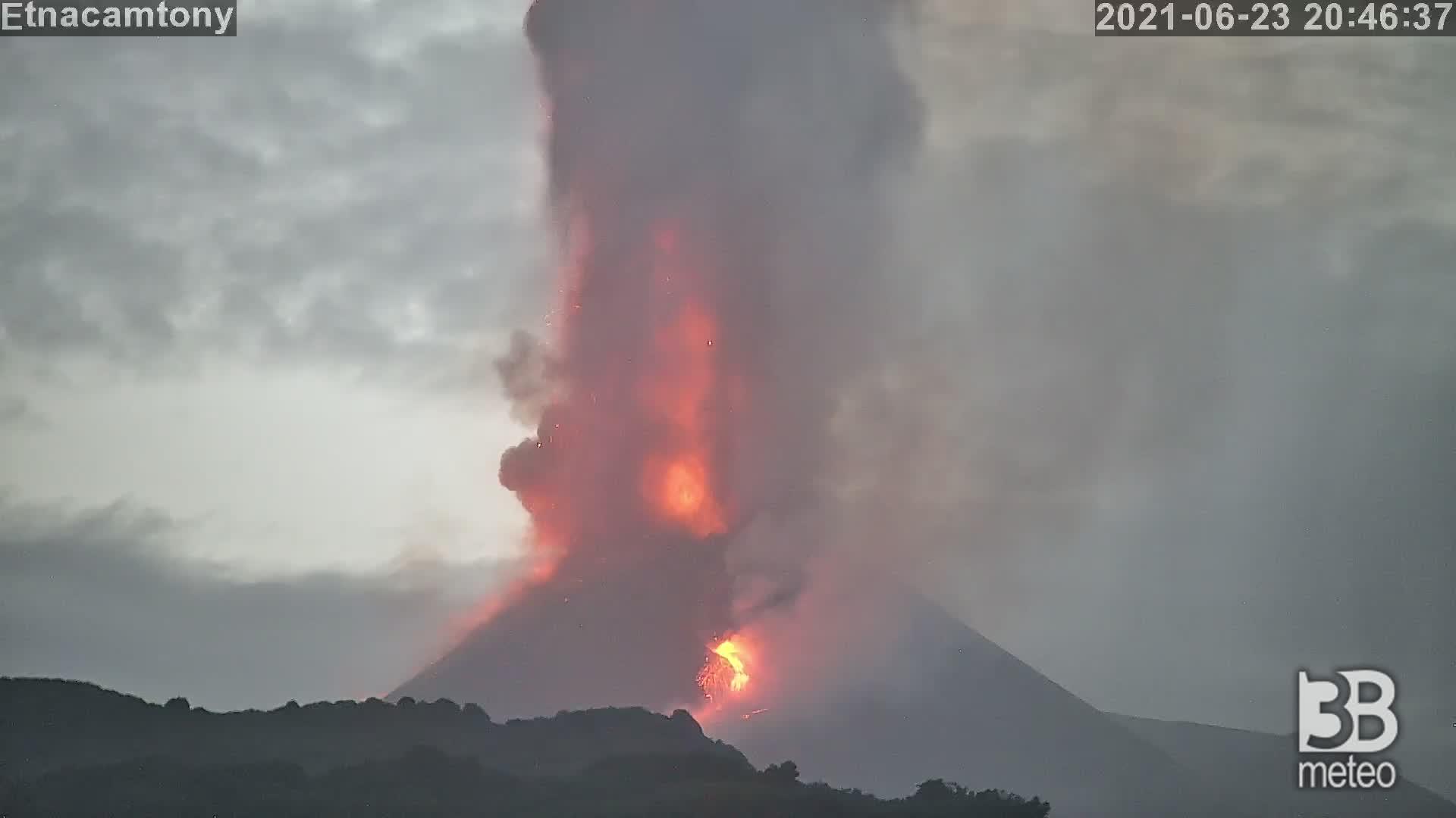 CRONACA - Eruzione Etna parossismo 23 giugno 2021 - VIDEO