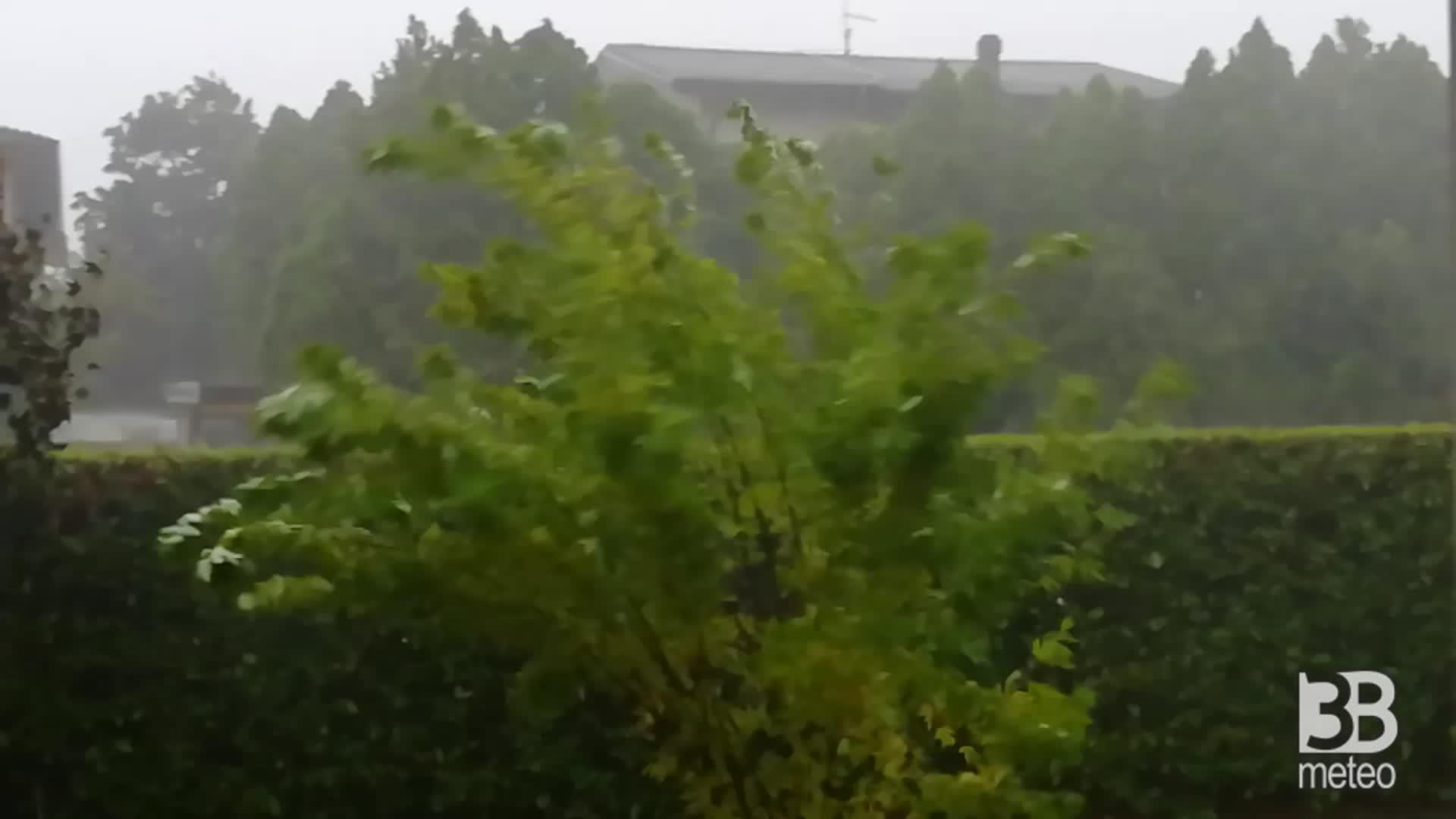 CRONACA METEO. Forti TEMPORALI venerdì in provincia di VENEZIA. La situazione a Marcon - VIDEO