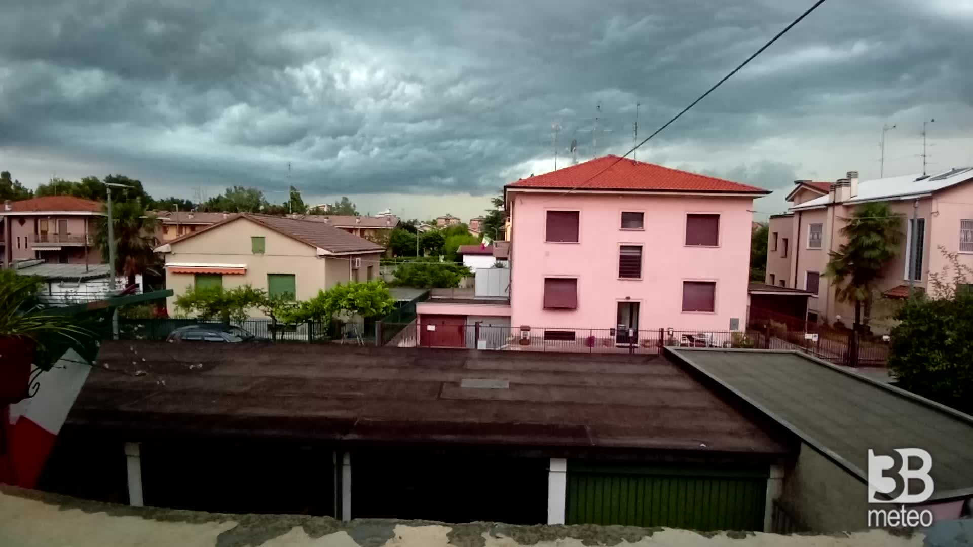 Cronaca METEO VIDEO, time lapse del temporale