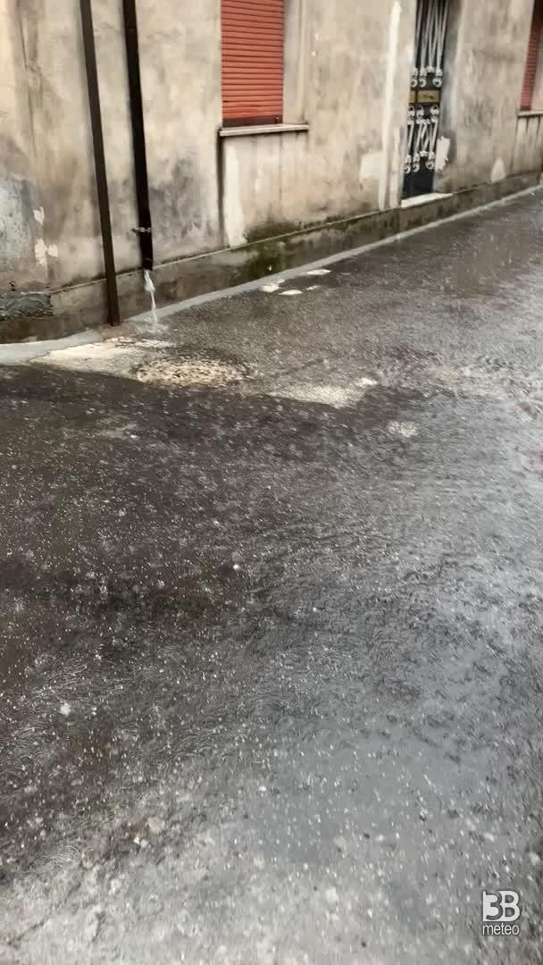 Meteo cronaca diretta: forti piogge in Sicilia anche a Catania. VIDEO