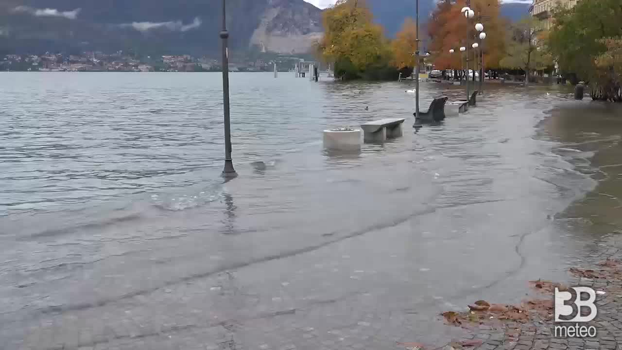 Lago Maggiore ore 11.30 sale ulteriormente il livello