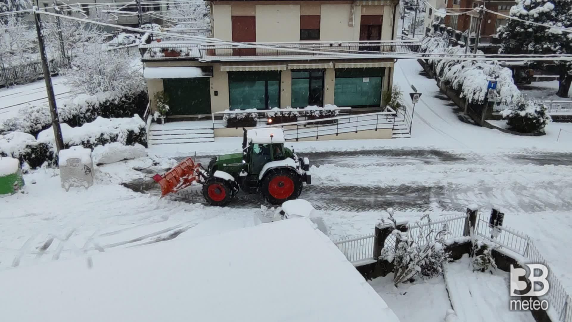 CRONACA METEO DIRETTA - Lunedì 28 dicembre, NEVE abbondante a Vicenza - VIDEO