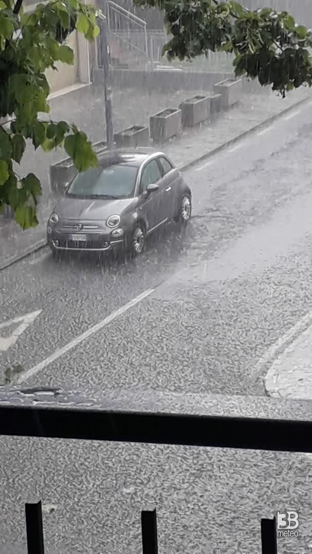 CRONACA METEO VIDEO: forti temporali anche in Emilia, la situazione a SASSUOLO
