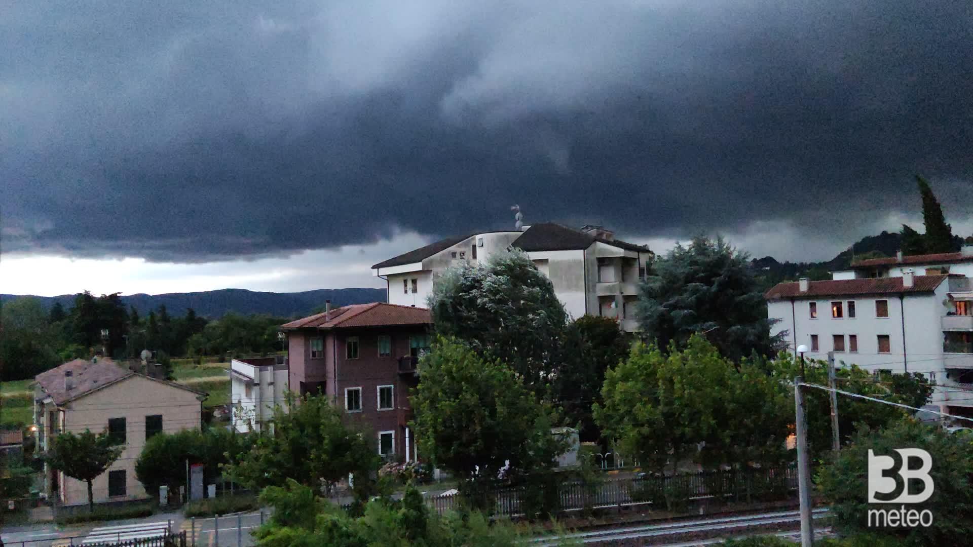 CRONACA METEO - Il temporale dell'8 luglio a Vicenza - VIDEO