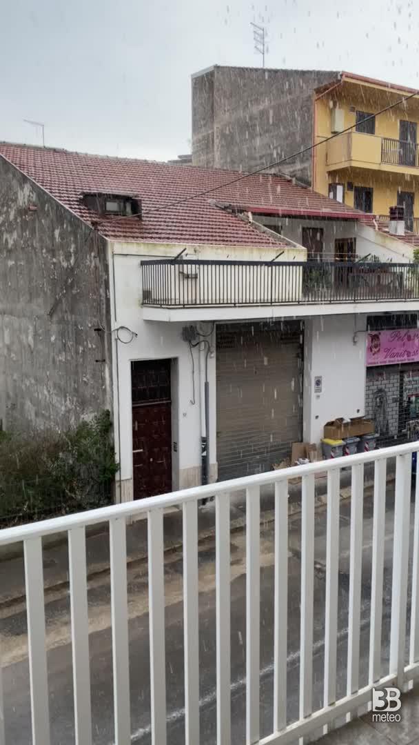 Cronaca meteo VIDEO: acquazzone a Ragusa