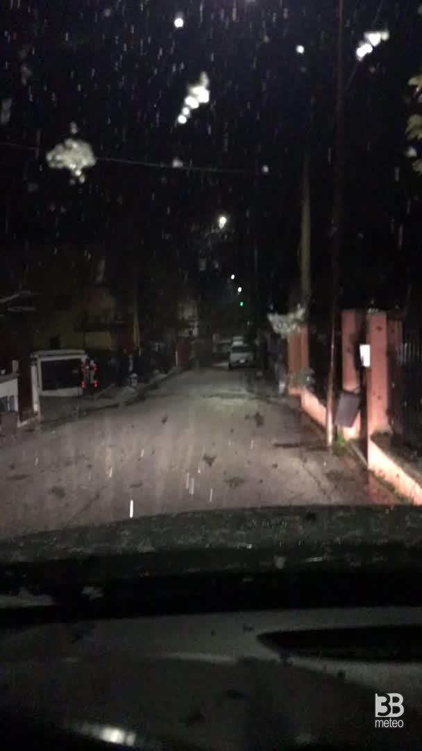 Cronaca meteo video: NEVE ALL'AQUILA, in Abruzzo