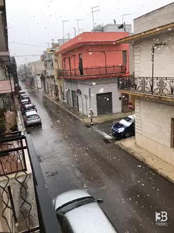 Neve a fiocchi grossi