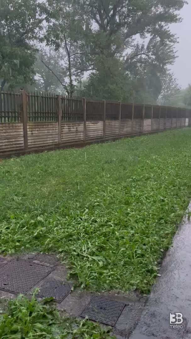 CRONACA METEO DIRETTA - Lombardia assediata dai temporali. La situazione a Masate, nei pressi di Milano - VIDEO