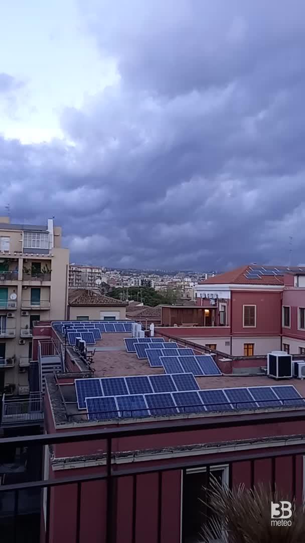 Cronaca METEO VIDEO: TEMPORALE verso CATANIA, Sicilia