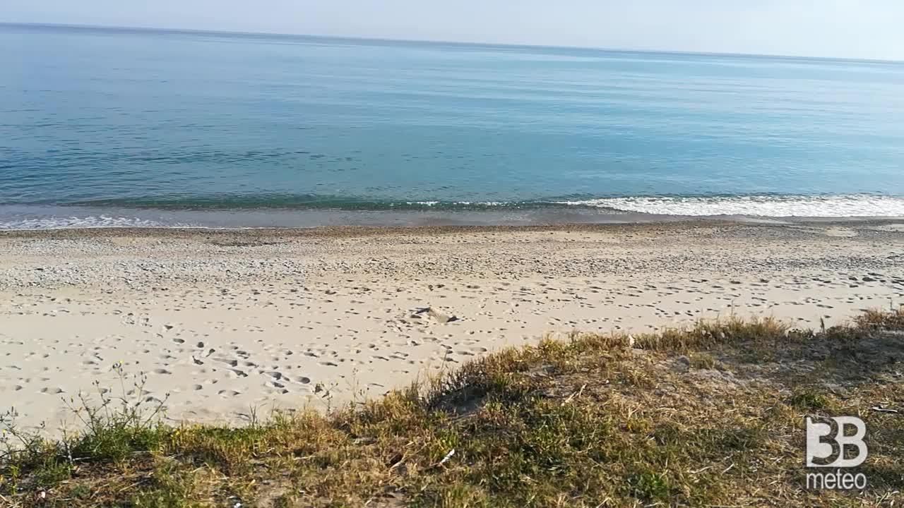 Cronaca meteo video: il mare di primavera
