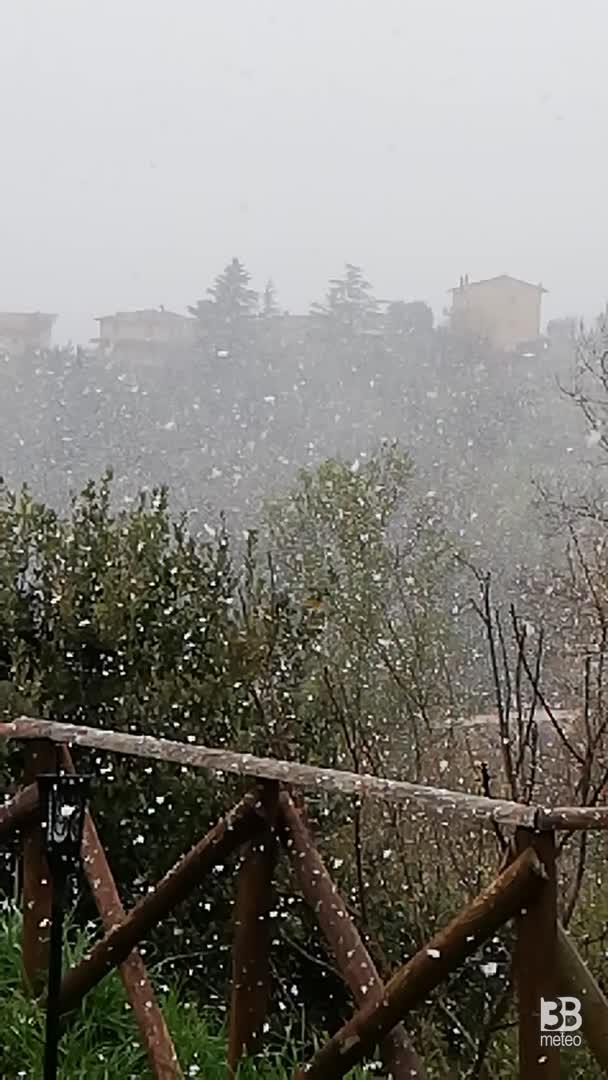 Cronaca meteo DIRETTA VIDEO: NEVE IN UMBRIA, la situazione a Ponte Felcino