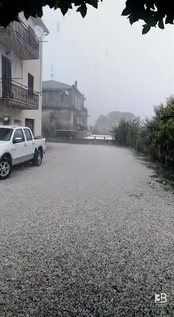 CRONACA METEO - TEMPORALI e GRANDINE domenica in Umbria. Ecco la situazione a SPOLETO (PG) - VIDEO