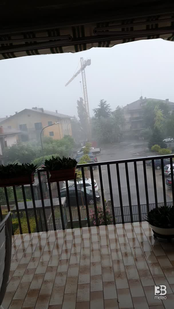 Cronaca meteo video: forte temporale a Caldiero, 11lug2020