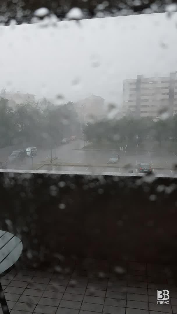 CRONACA METEO DIRETTA - Forti temporali icolpiscono la Lombardia. Ecco la situazione a Monza - VIDEO