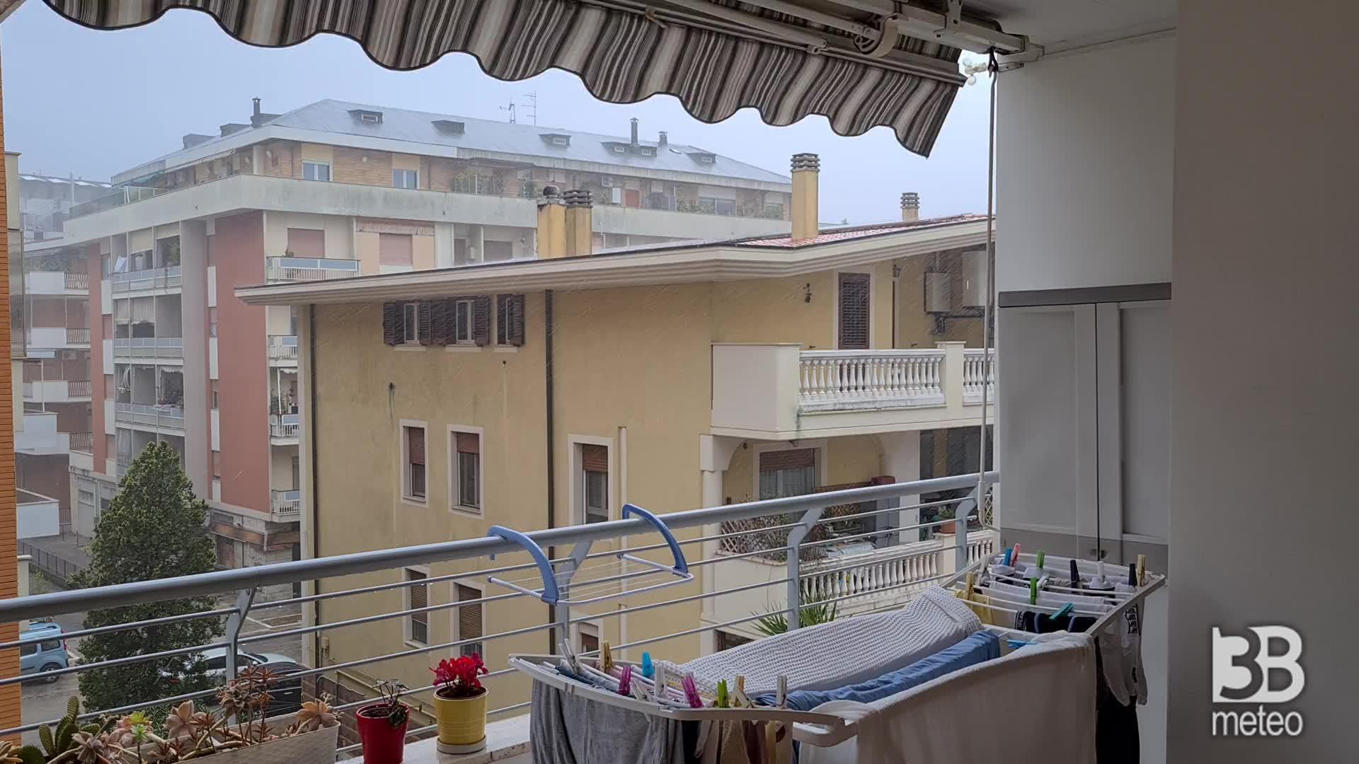 CRONACA METEO - Bufera di vento e pioggia sull'Adriatico. La situazione a PESCARA - VIDEO