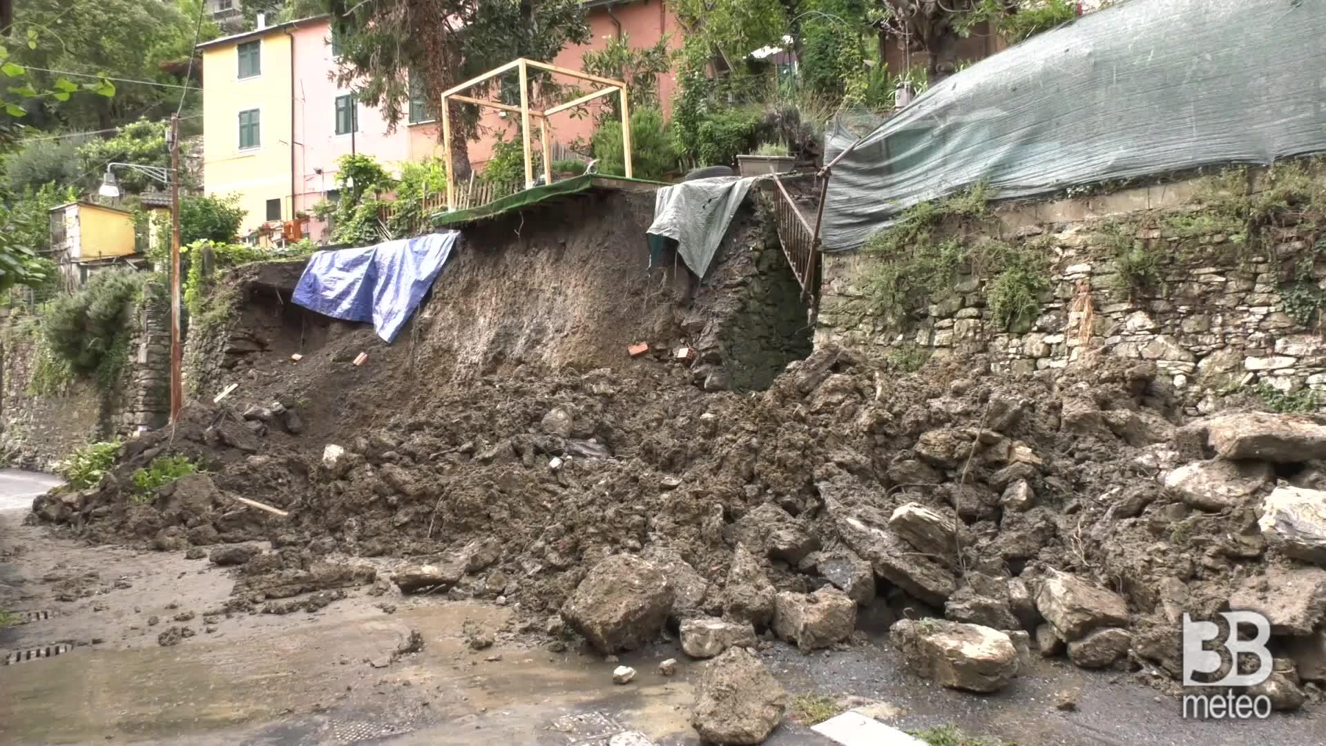 Maltempo, grossa frana a Genova: famiglie evacuate