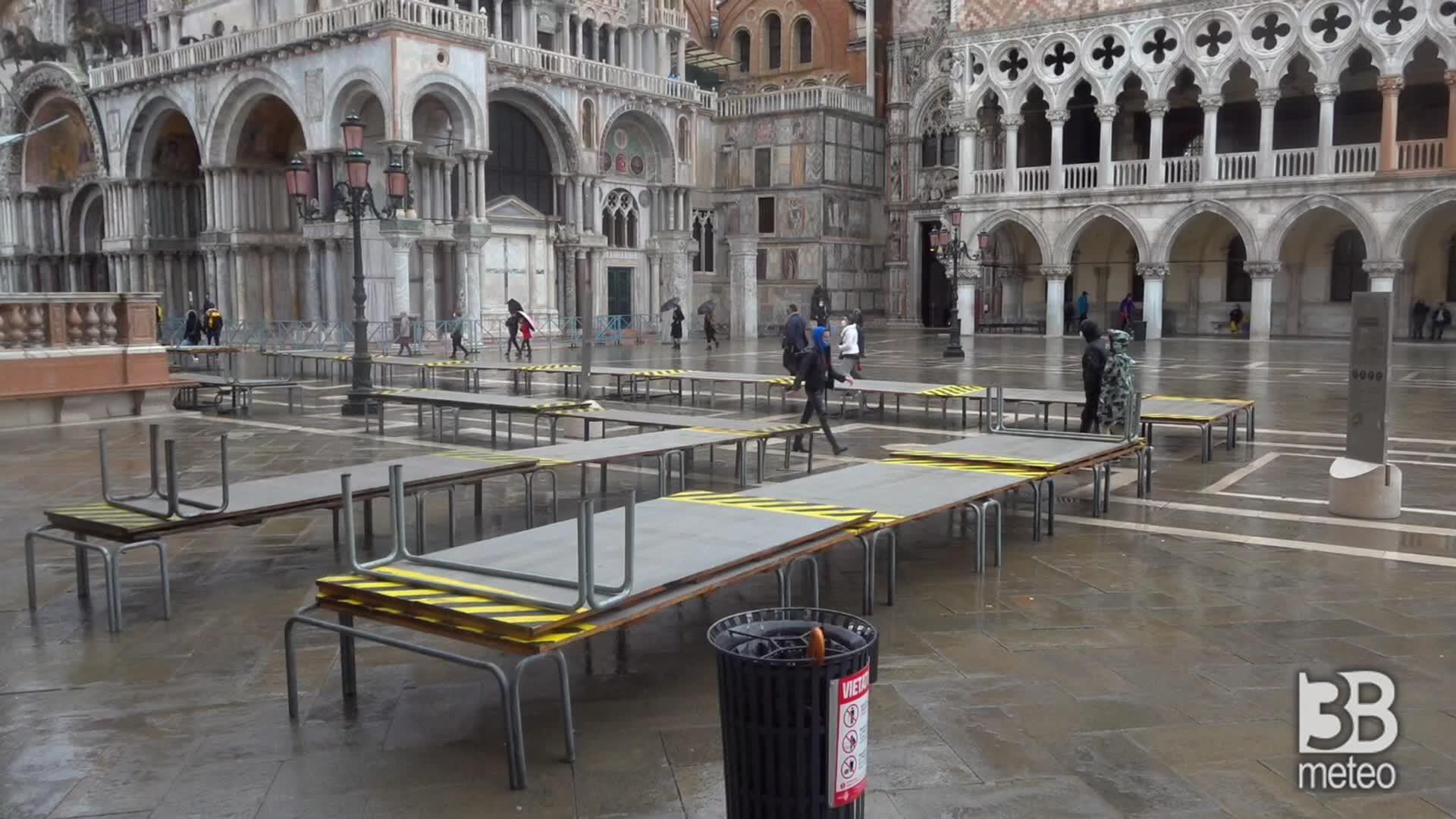 Venezia asciutta grazie al Mose: la città non si è allagata