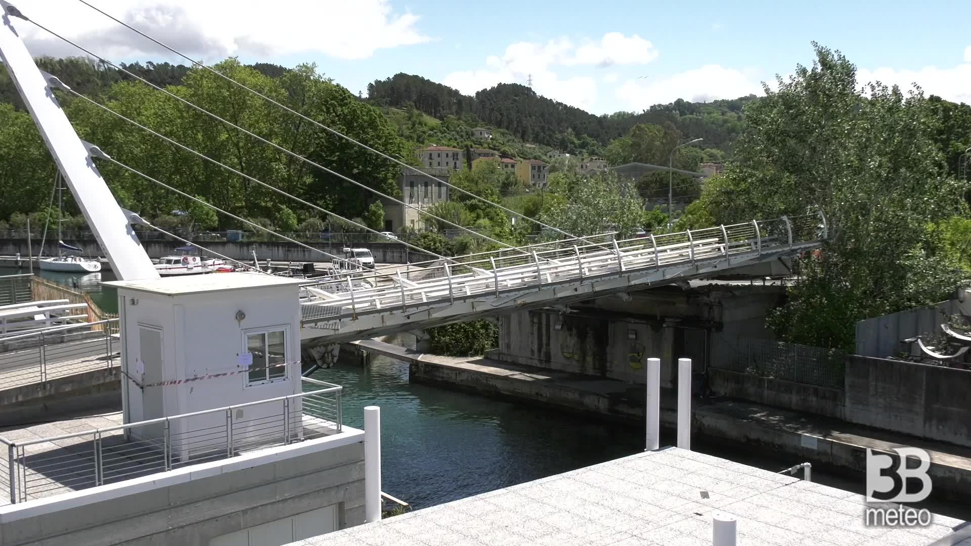 La Spezia, cede ponte levatoio: darsena di Pagliari