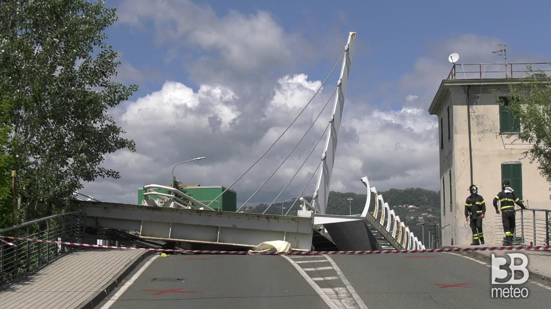 Cede ponte a La Spezia: le immagini da altra prospettiva