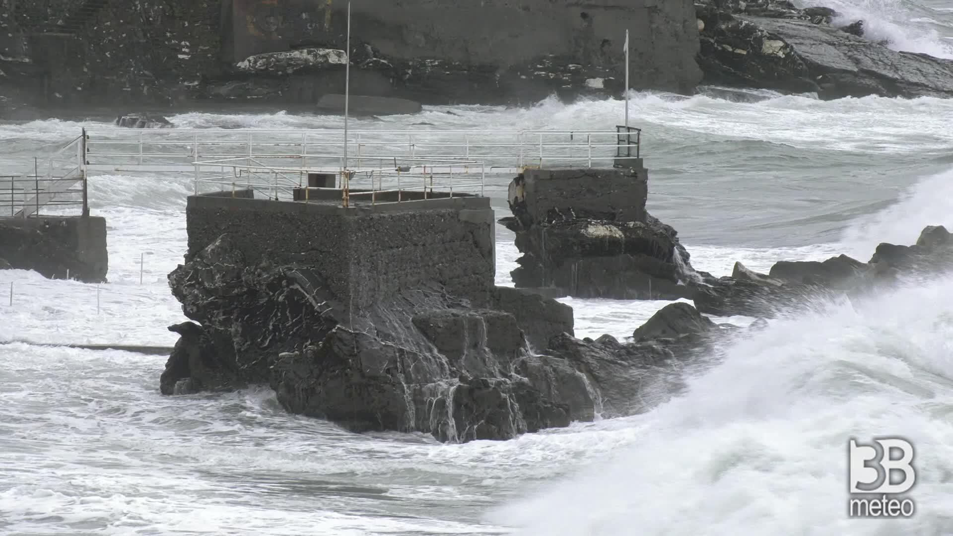 Mareggiata a Genova: il giorno dopo ondata maltempo