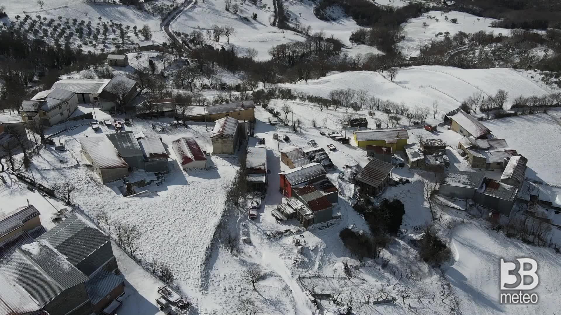 Beneventano sotto la neve: le immagini dal drone