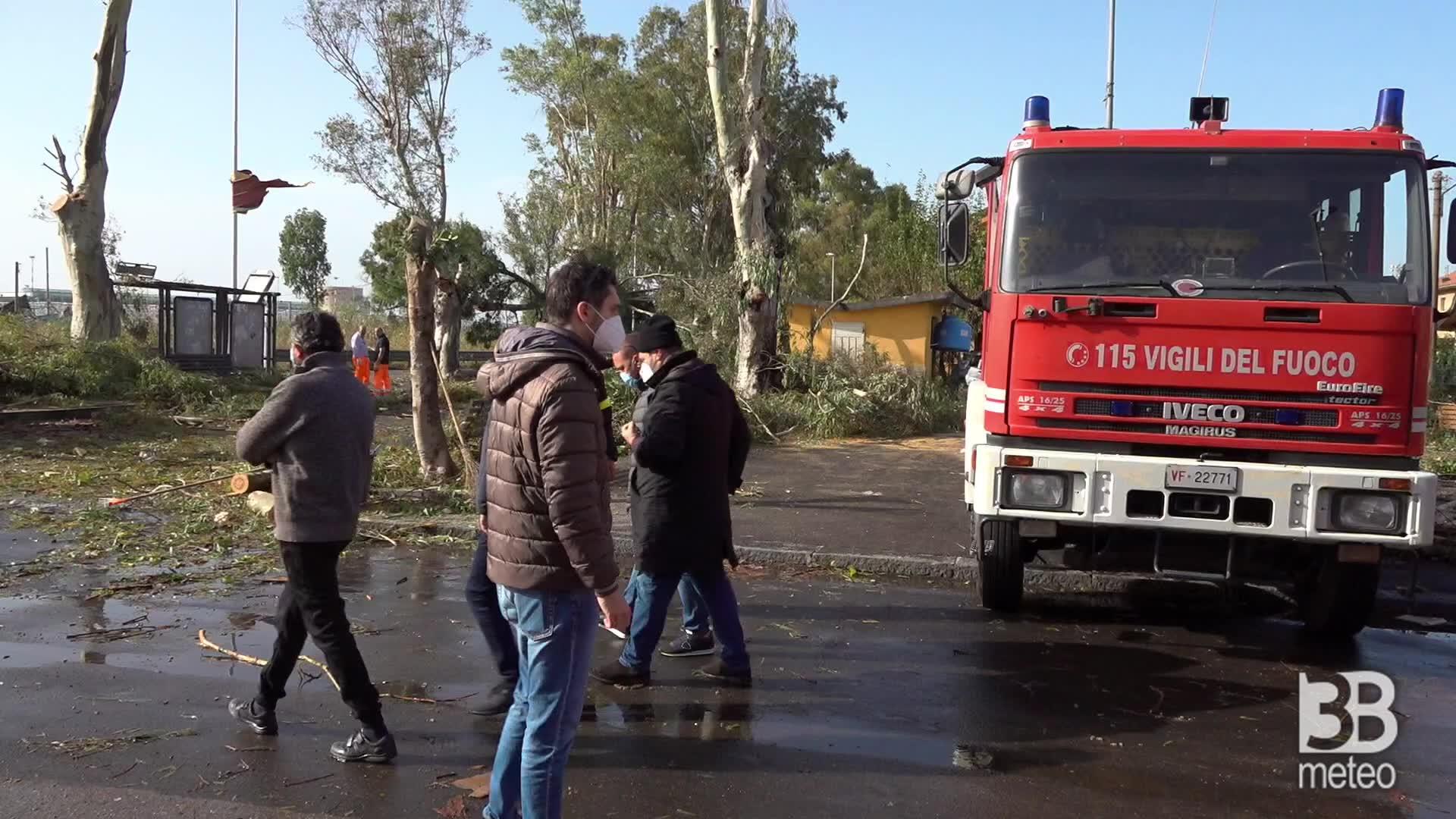 Tromba d'aria a Catania: rimozione dei detriti