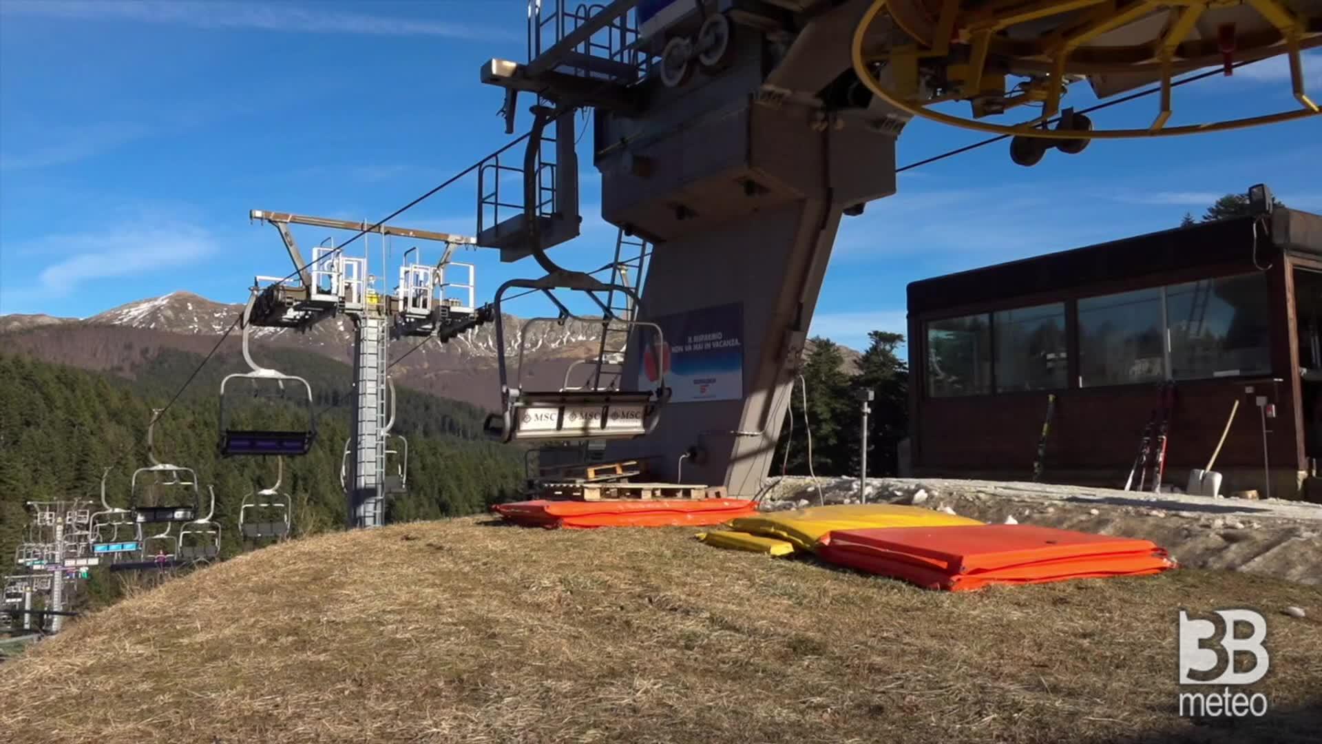 Clima, l'Abetone senza neve: piste aperte solo con i cannoni