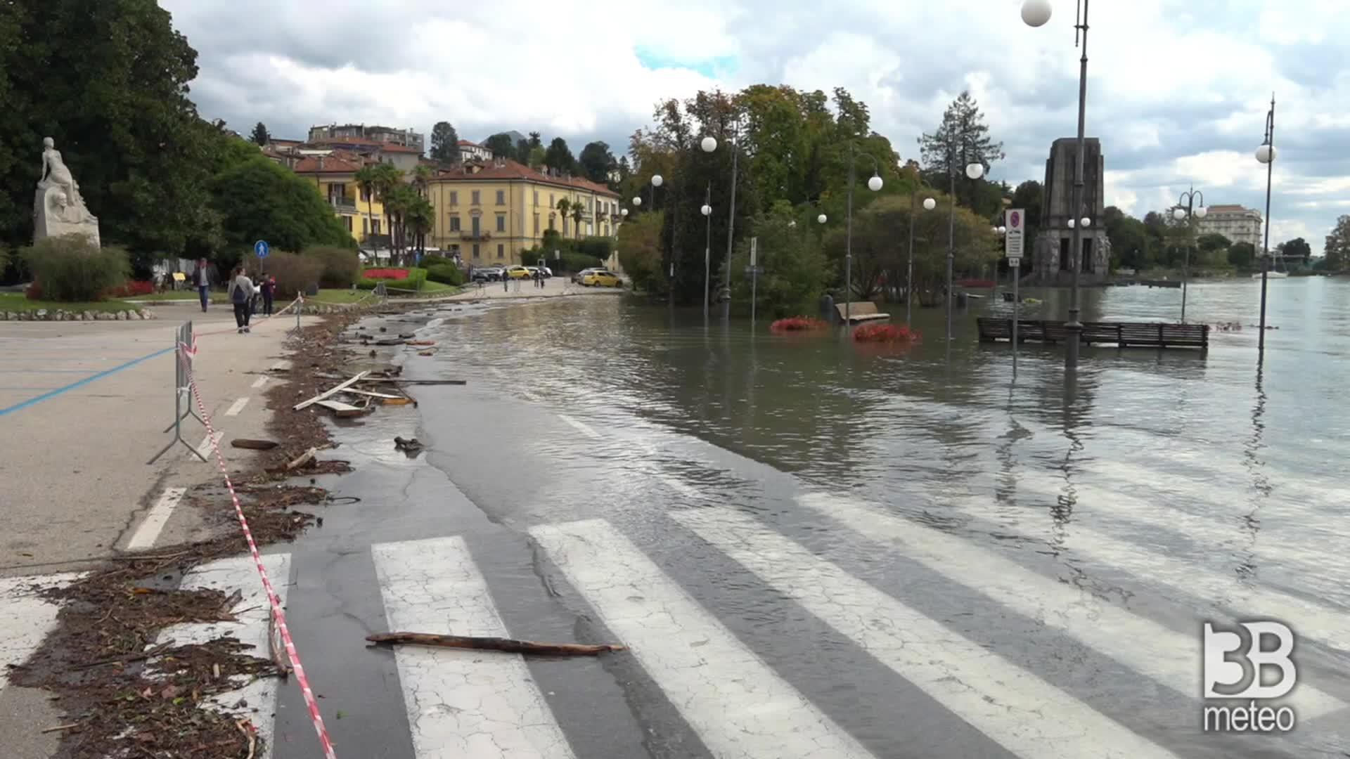 Lago Maggiore, acqua in strada: a Pallanza chiuso lungolago