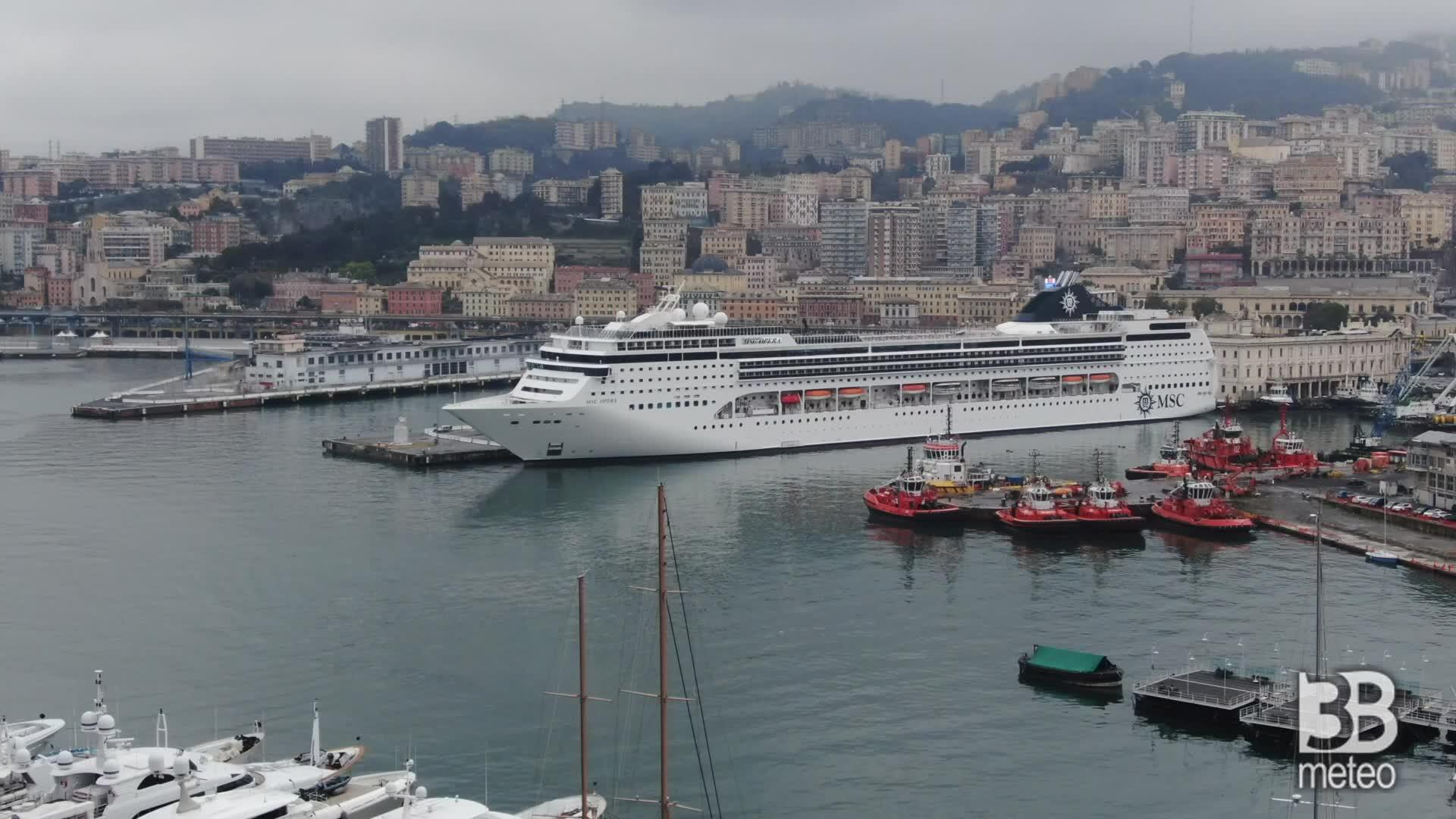Nave da crociera come ospedale: la MSC Opera a Genova