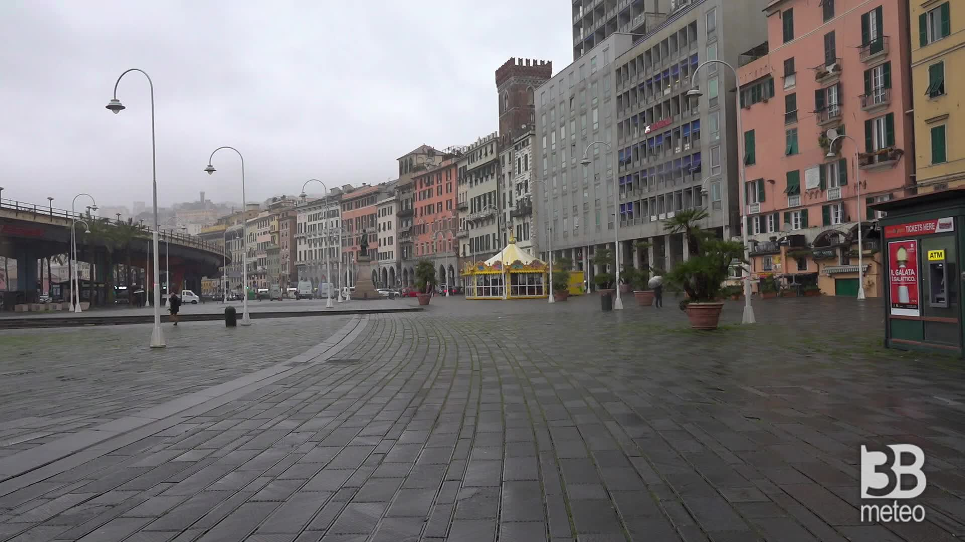 Genova, Coronavirus : Piazze deserte e controlli