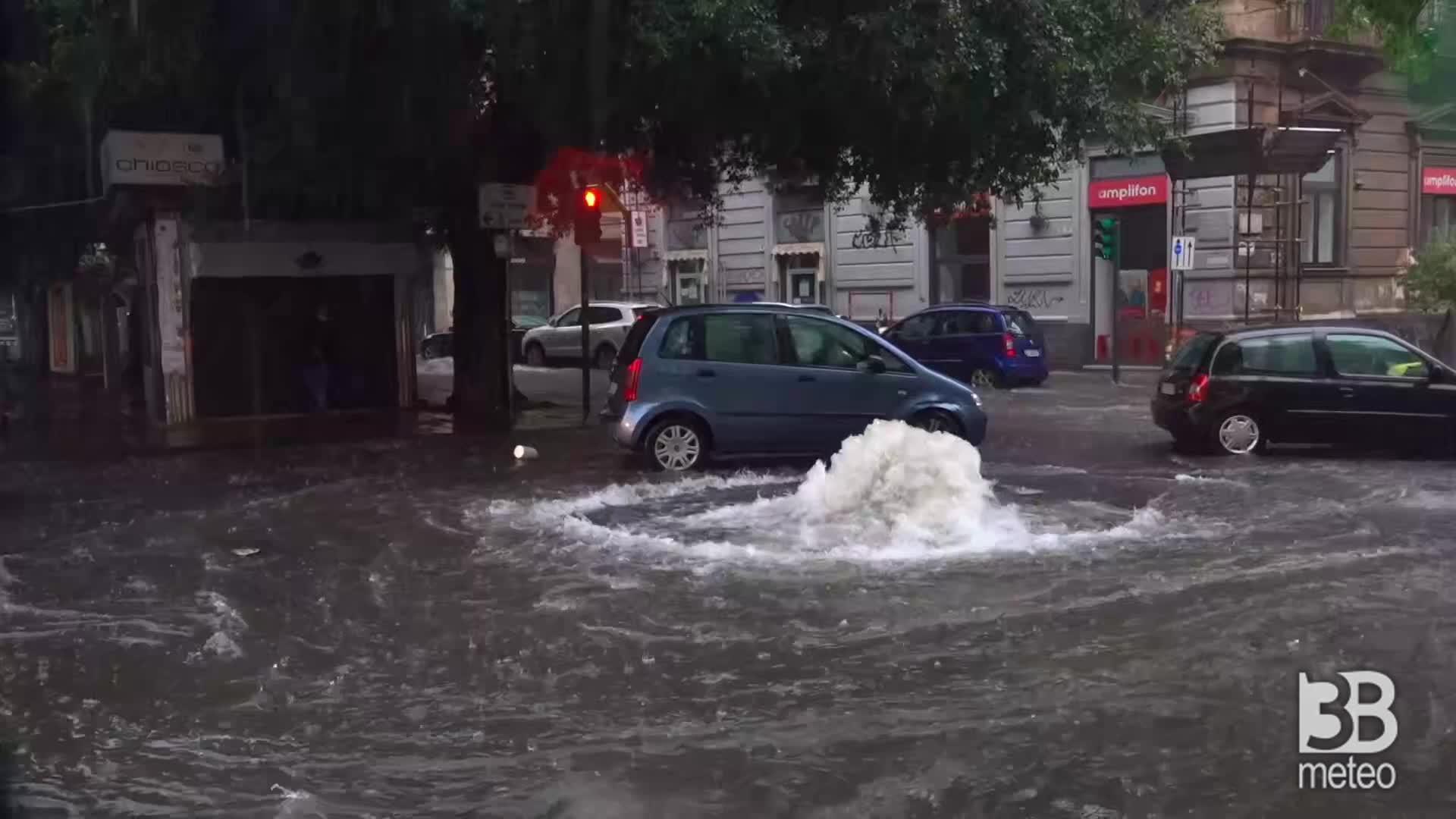 Catania, strade come fiumi: nubifragio si abbatte su citt?